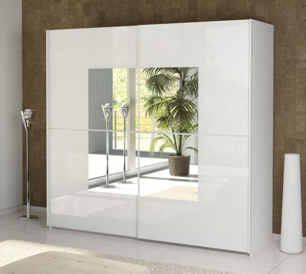Белый шкаф-купе с зеркальным квадратом в центре