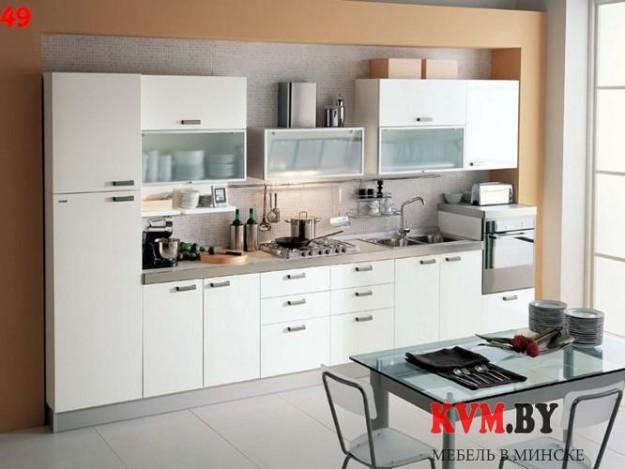 Функциональная белая линейная кухня