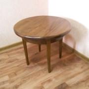 Кофейный столик коричневый