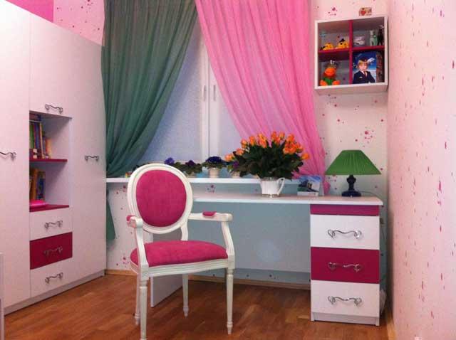 Комплект для детской в розовых тонах