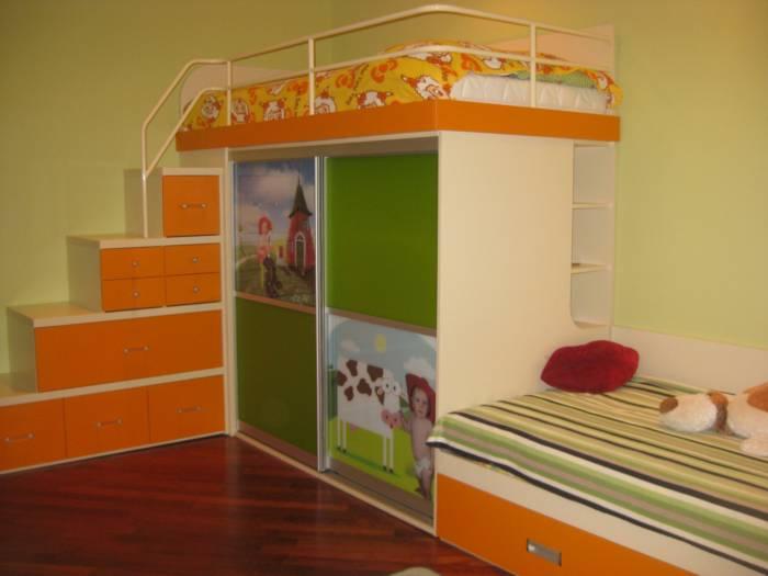 Корпусный набор с двумя кроватями