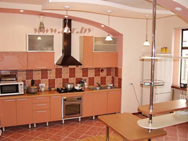 Крашеный кухонный гарнитур