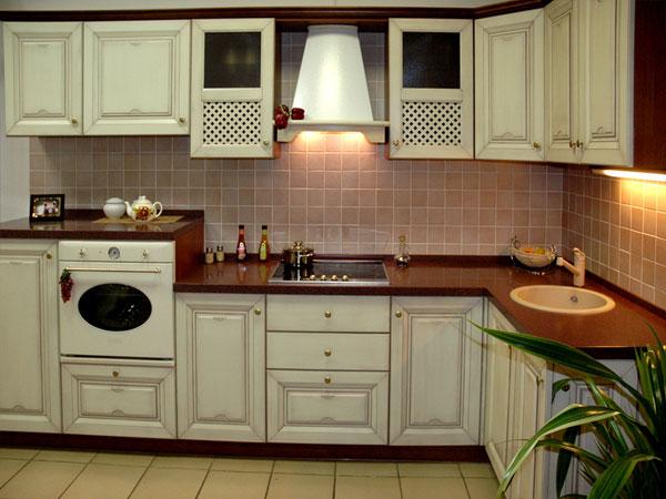 Кухня белой окраски
