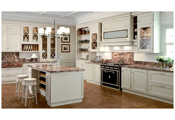 Кухня классическая белая с островом