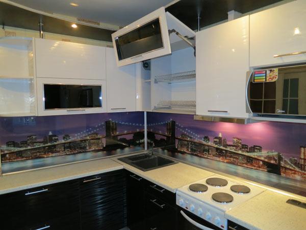 Кухня комбинированная с фотопечатью