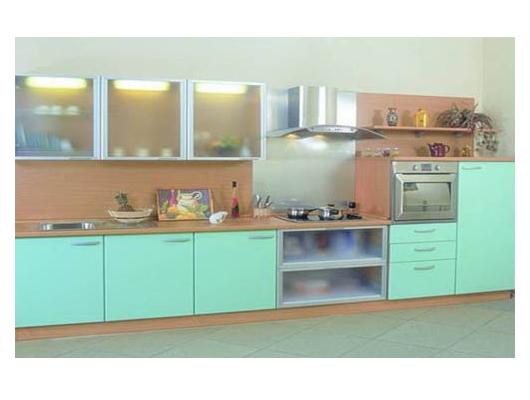 Кухня линейная светло-бирюзового цвета