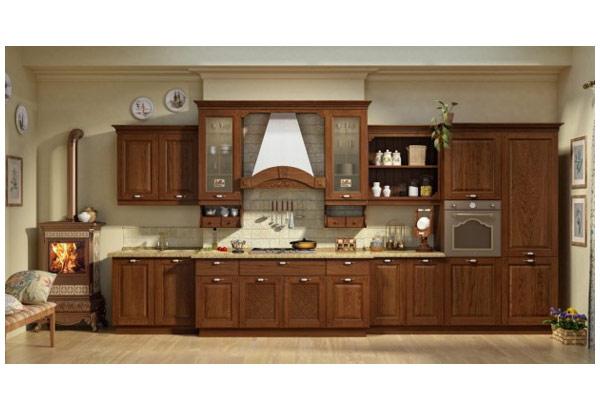 Кухня линейная в классическом стиле