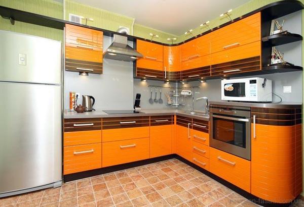 Кухня оранжевая с подсветкой