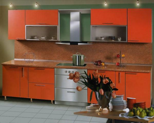 Кухня оранжевая симметричная