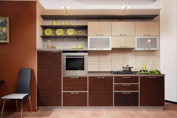 Кухня с полками открытого типа