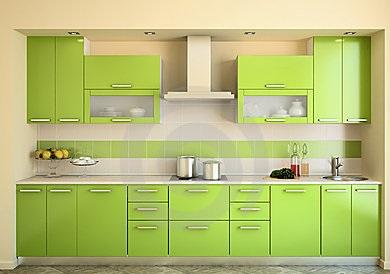 Кухня салатовая с множеством шкафчиков