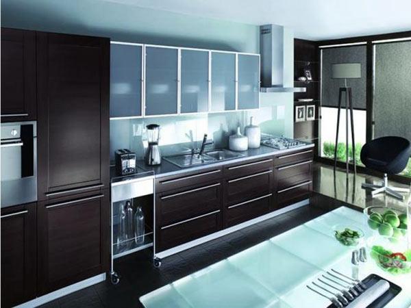 Кухня современная в цвете венге