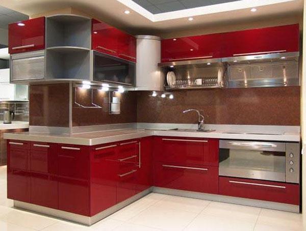 Кухня темно-красная