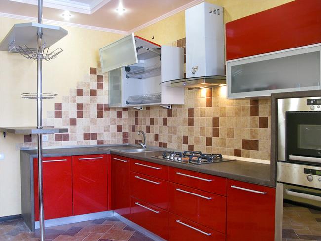 Кухня дизайн угловая красная