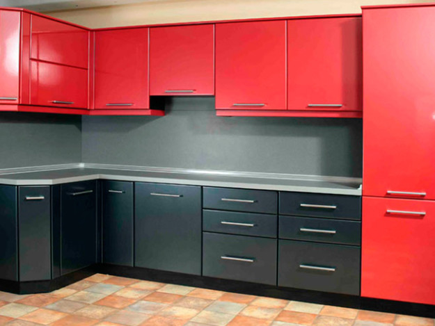 Кухня угловая черно-красная матовая