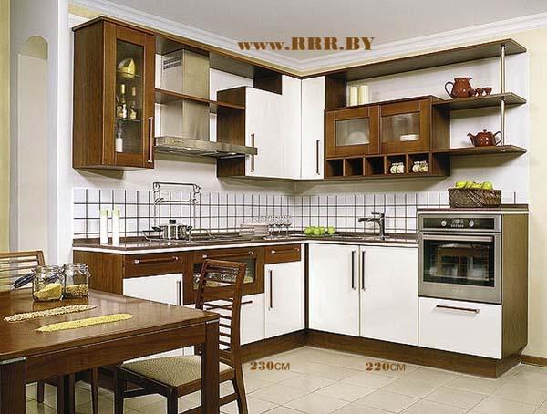 Кухня угловая двухцветная скинали из керамической плитки