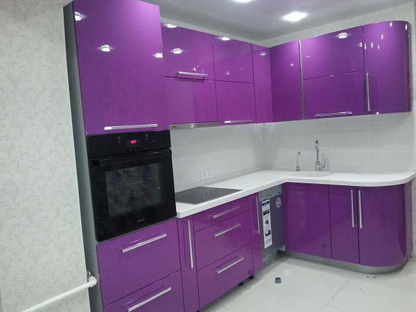 Кухня угловая фиолетовый глянец