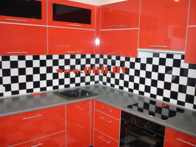 Кухня угловая красная