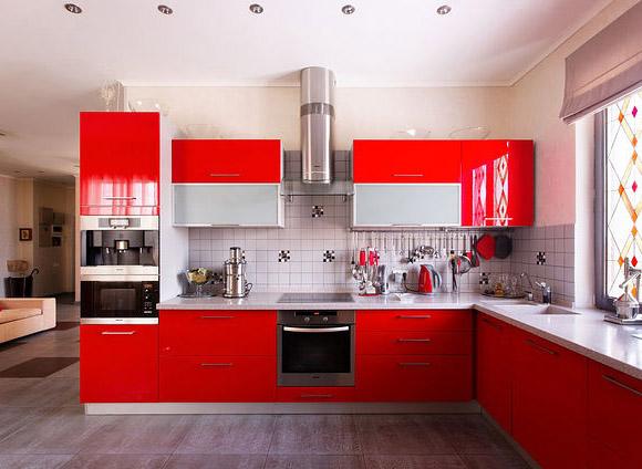 Кухня угловая красная глянцевая