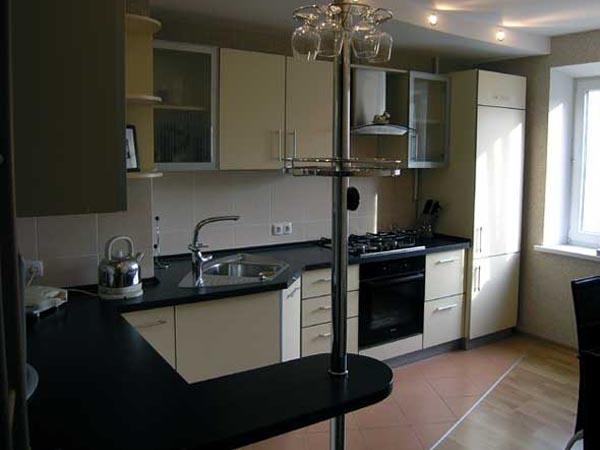 Кухня угловая модерн с барной стойкой