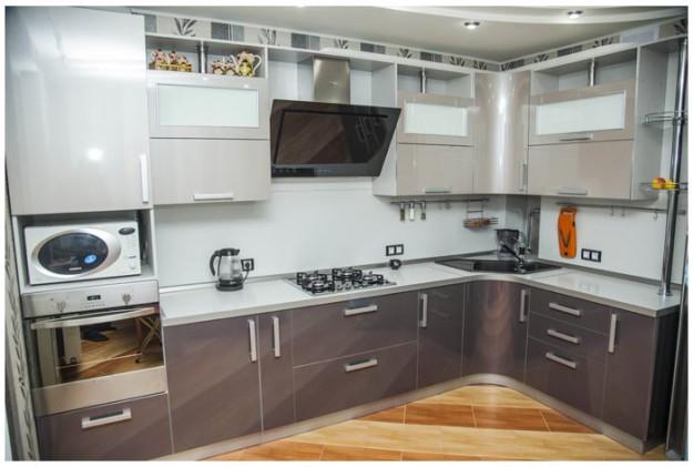 Кухня угловая «Платина»