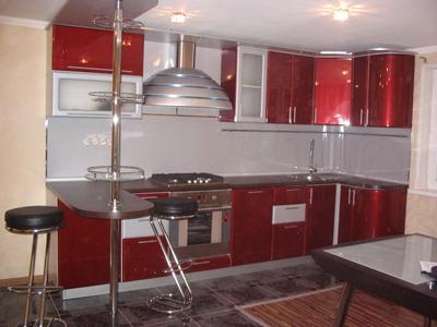 Кухня угловая с металлическим корпусом