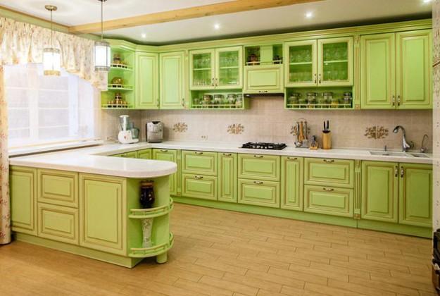 Кухня угловая салатовая в стиле кантри