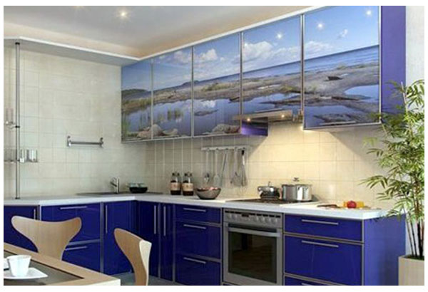 Кухня угловая синяя с фотопечатью