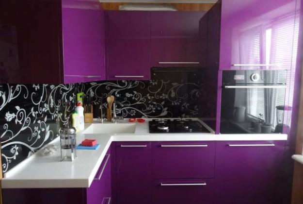 Кухня угловая сиреневого цвета