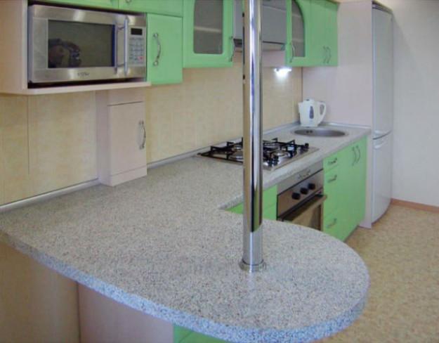 Кухня угловая светло-зеленая