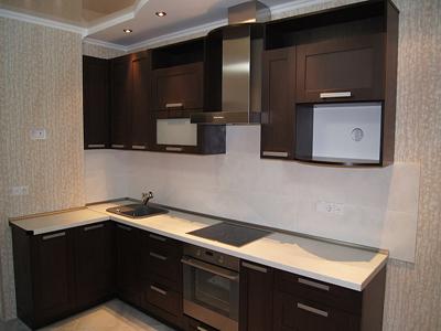 Кухня угловая темно-коричневая