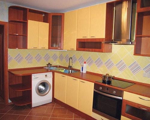 Кухня угловая в мягких тонах