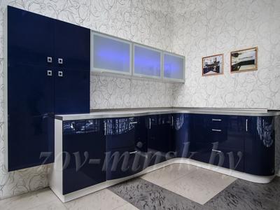 Кухня ЗОВ №8 «Крашеный МДФ» RAL 5026