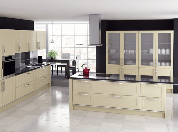 Кухонный гарнитур линейный с островом