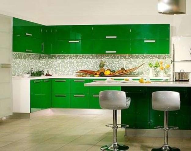 Кухонный комплект глянцевый
