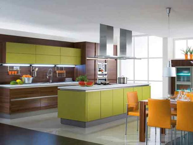 Линейная кухня в зелено-коричневых тонах