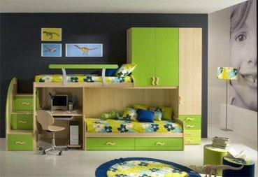 Мебель для детской с салатовыми фасадами
