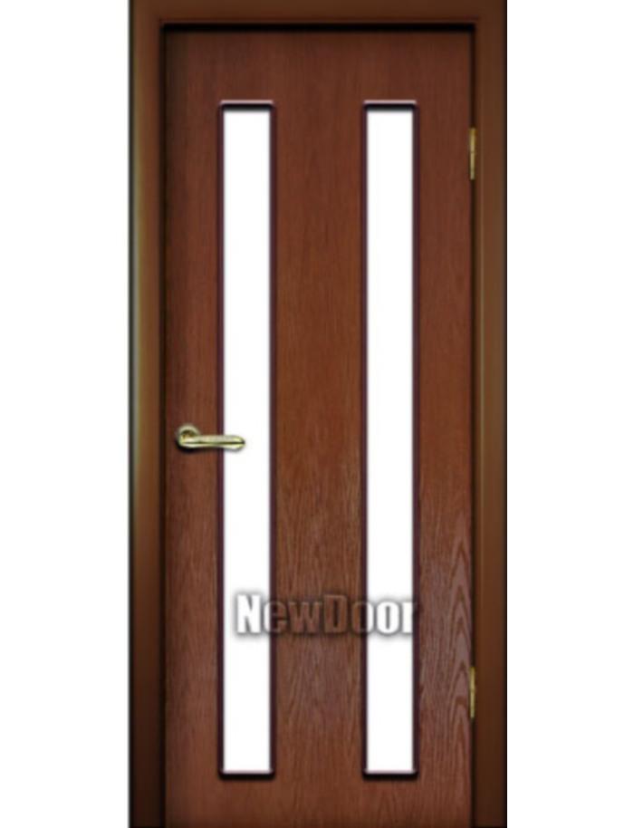 Межкомнатная дверь с параллельными полосами
