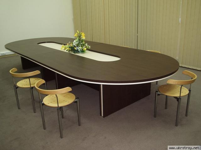 Набор мебели для переговорной с овальным столом