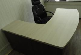 Набор офисной мебели с угловым столом