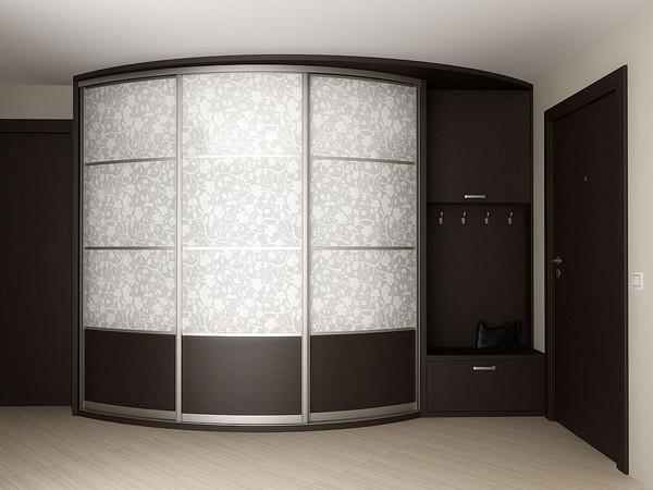 Радиусный шкаф с дополнительными отделениями