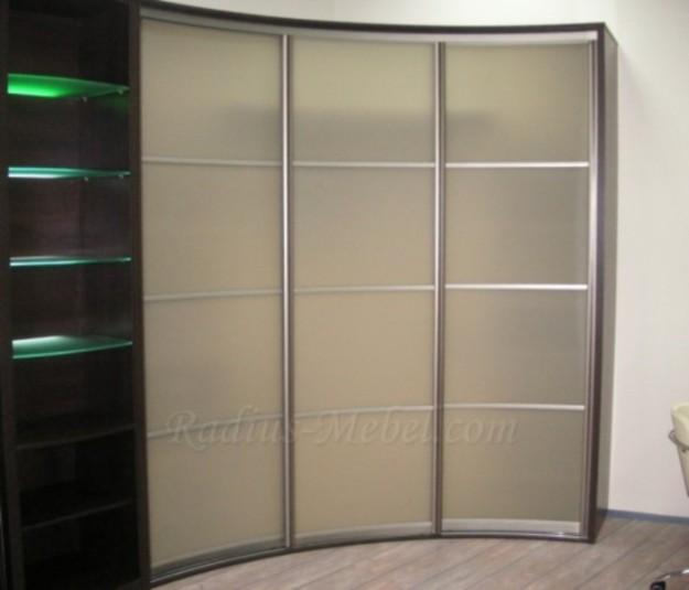 Радиусный шкаф с подсветкой