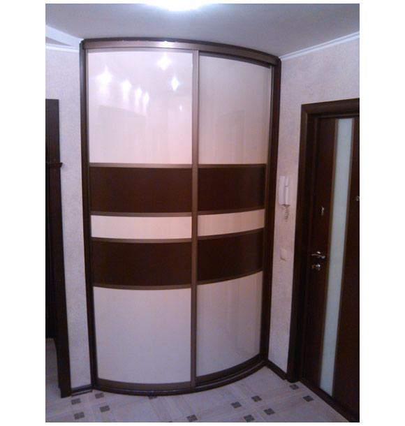 Шкаф-купе белый со вставками цвета венге