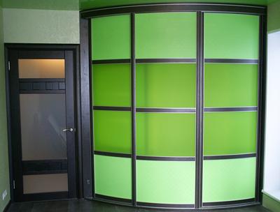 Шкаф-купе радиусный зеленый