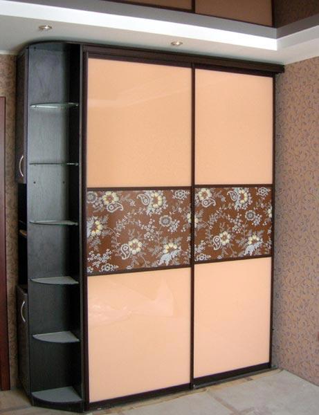 шкафы-купе с боковыми полками фото