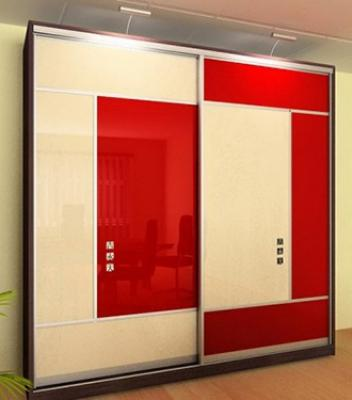 Шкаф-купе с прямоугольными вставками