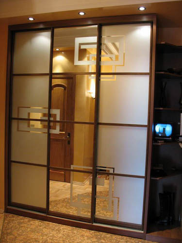 Дизайн дверей для шкафов
