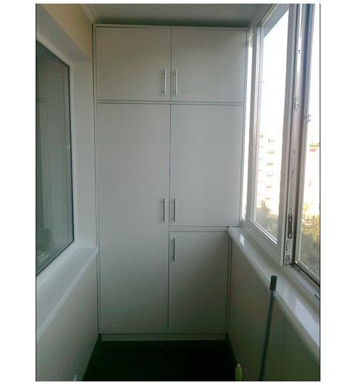 Шкаф на балкон с антресолью