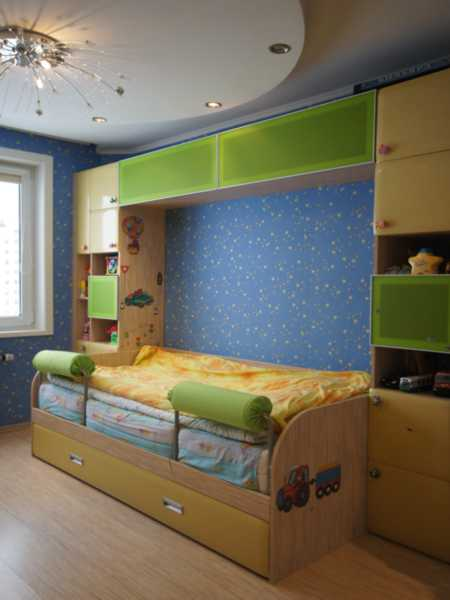 """Стенка для детской с кроватью """"Валики"""""""