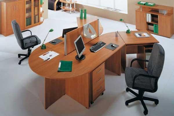 Стол для персонала Y-образной формы